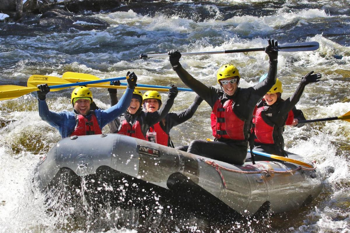 BEST PLACES NEAR DELHI NCR FOR CORPORATE OUTING AND ADVENTURE SPORTS