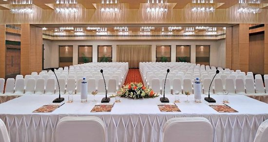 7 Best Sound Systems for Seminar and Conferences
