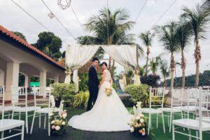 Romantic garden themes for wedding