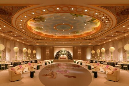 Best 5 Star event venues in Delhi, Noida, Gurgaon for corporate events
