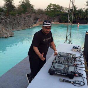 BOOK DJ HITESH FOR WEDDING