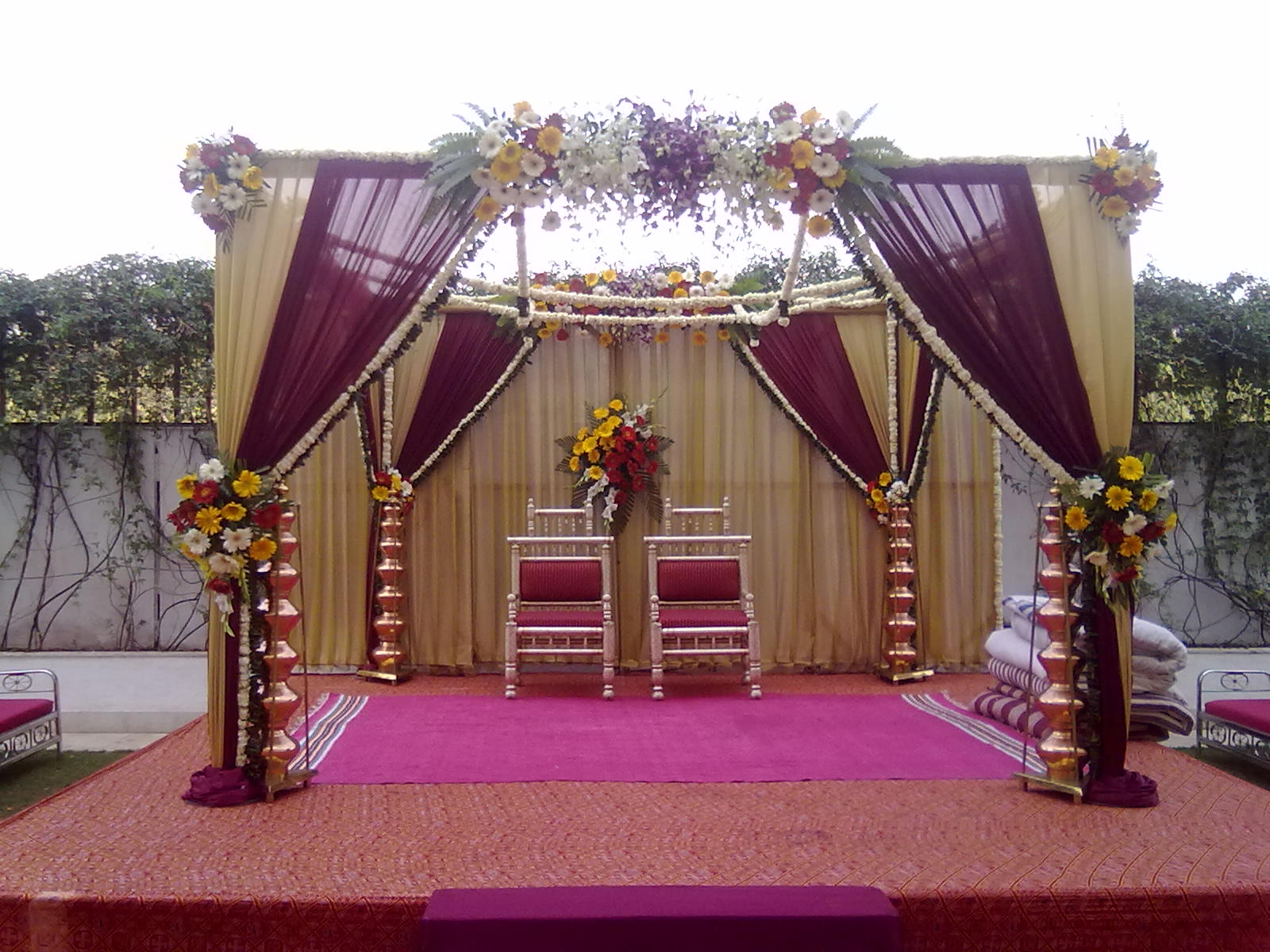 Event decoration ! Stage, Light, Sound and decoration services in ...